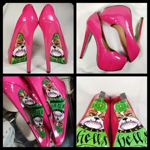 Taylor Says Woman's Hell Bells Heels